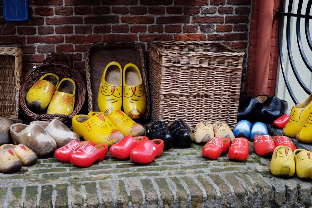 Dutch Shoes Delft