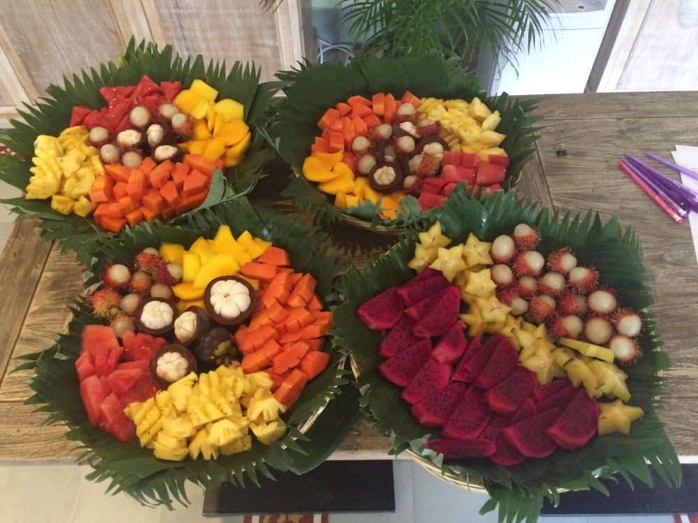 Fruit platter on the first day - with a no wastage using leaves as the underlay.  Fruit will be provided when the guests break their fast in 5 days time from juice to food.  But smaller portions to take it slow.