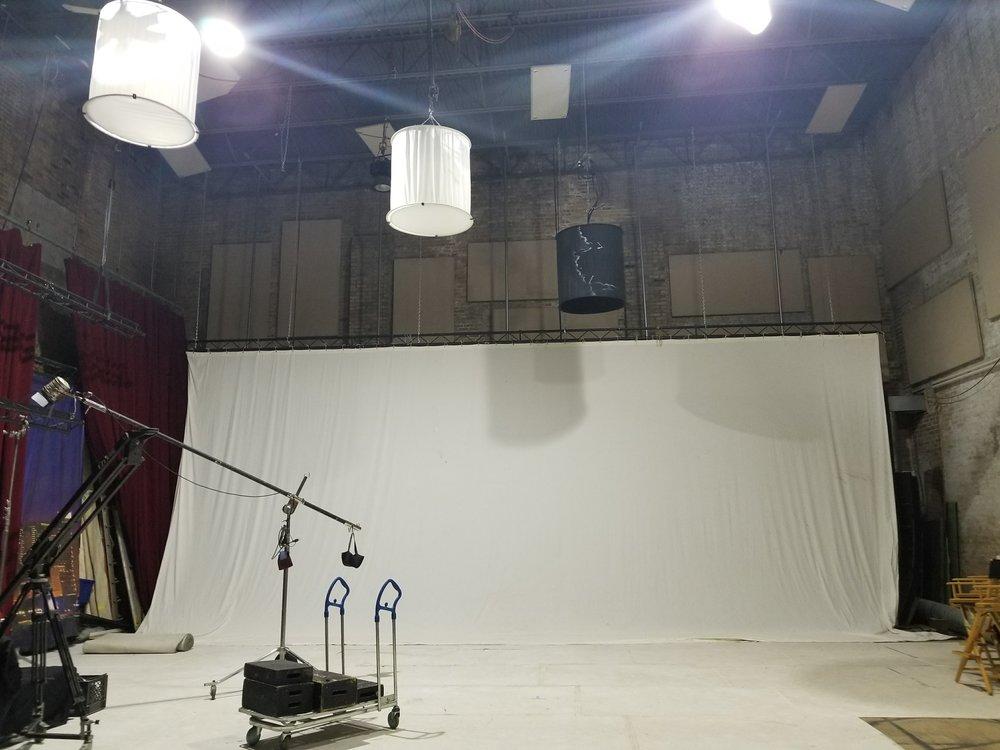 Studio Jupiter 3.jpg