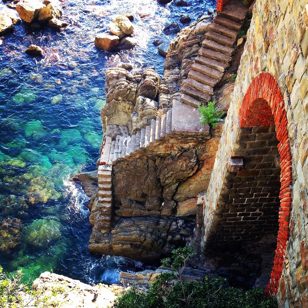 Cinque Terre - Italy // Survey? Why not... <3 // Greetings From Omaha // Anna Wells