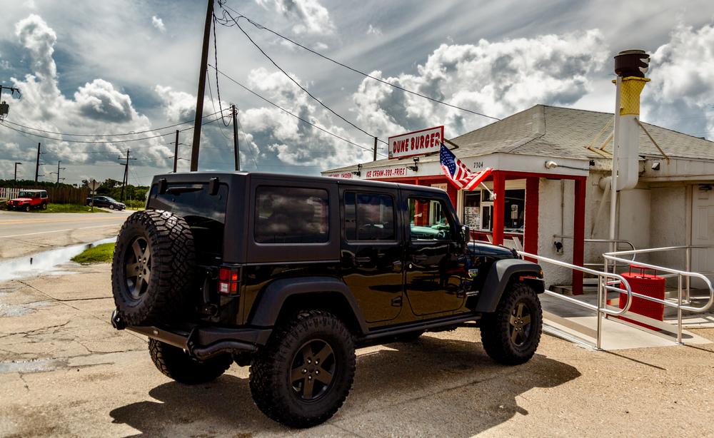 Dune Burger Jeep-1.jpg