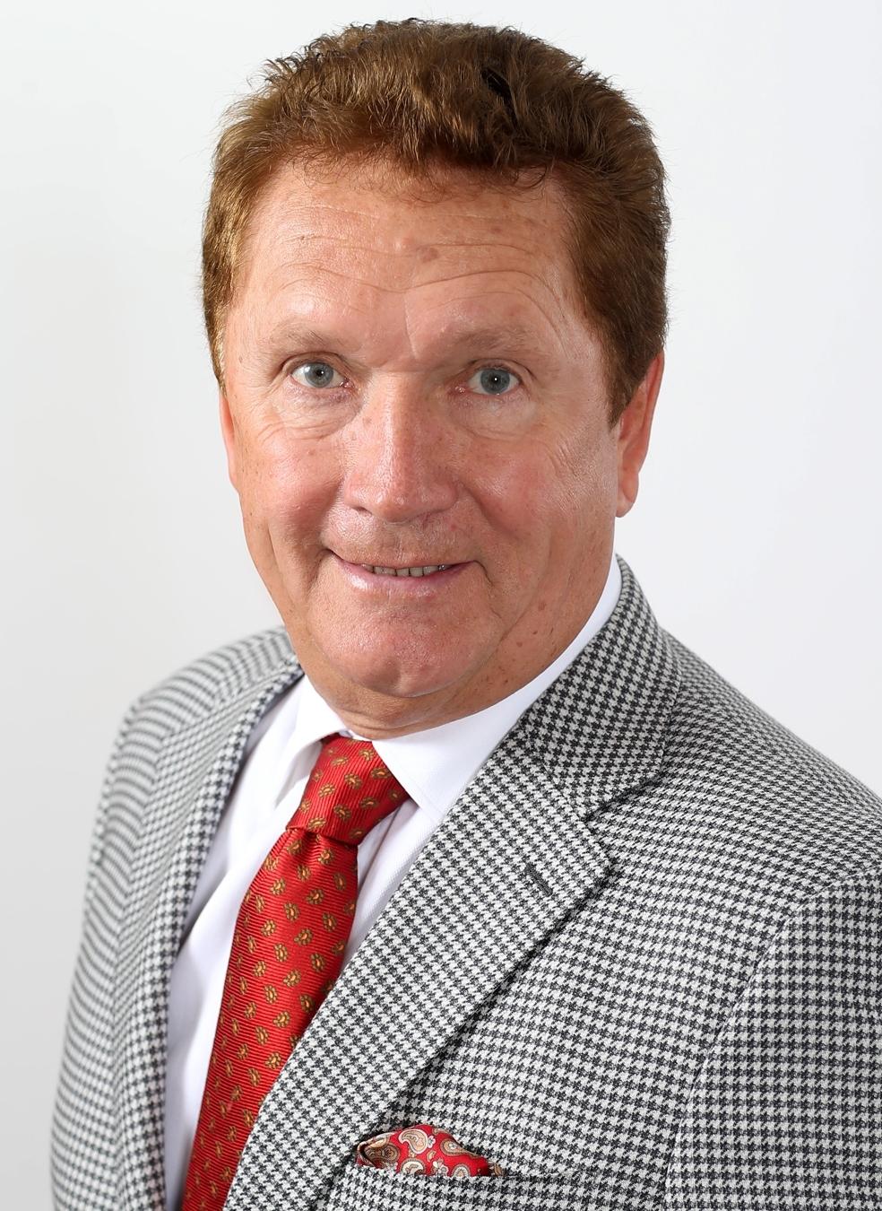 Dr. Dickgiesser_2a.JPG