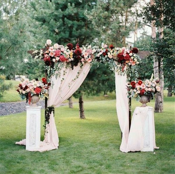 Wedding Arches and Aisle Design