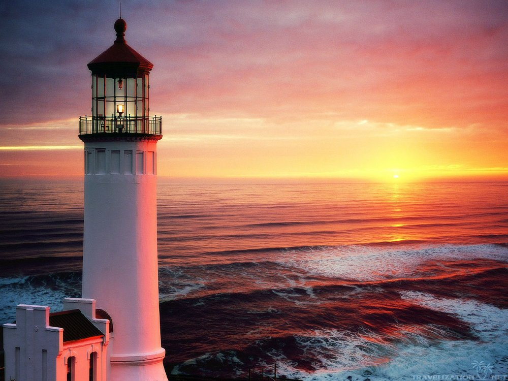 beautiful-lighthouses-at-sunset-wallpaper-1.jpg