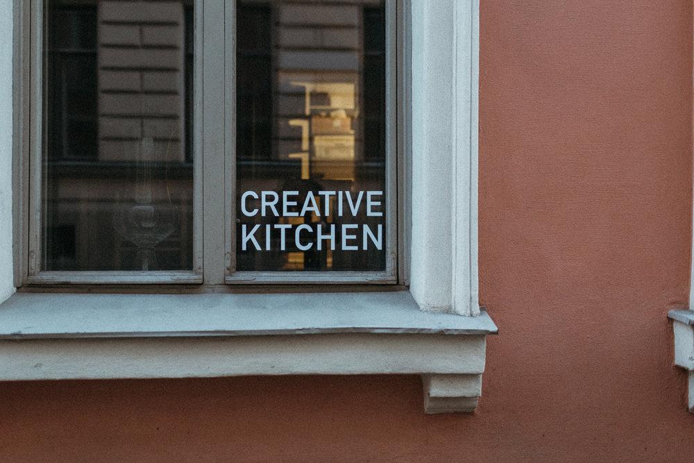 https://olo-ravintola.fi/en/creative-kitchen/  - Dinner experience.