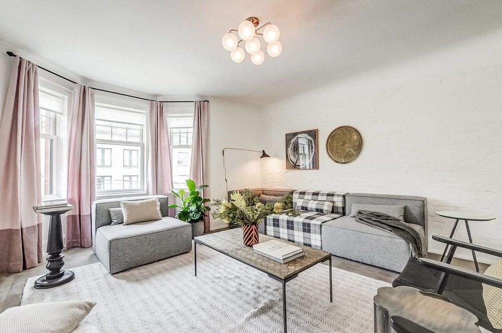 College St. Rental: Living Room