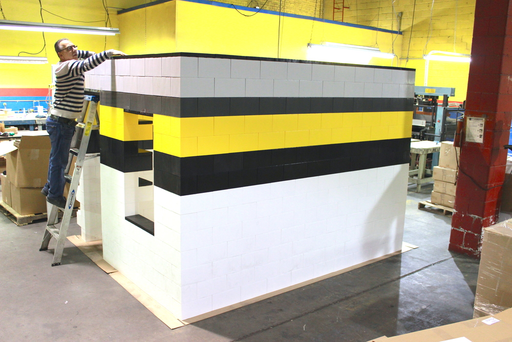 Single-handedly createincredible modular buildings inside and outside, using EverBlock modular building blocks. Alternate colors to match corporate or factory themes and to build beautiful interlocking structures that are durable yet may be re-configured and moved.