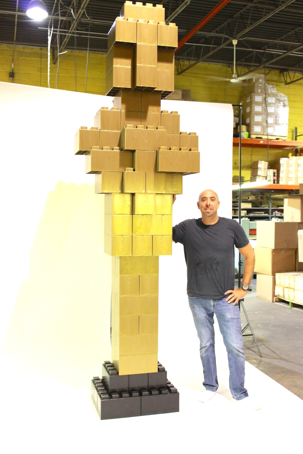 Create all types of objects such as a golden oscar representation and other coolprops and constructions