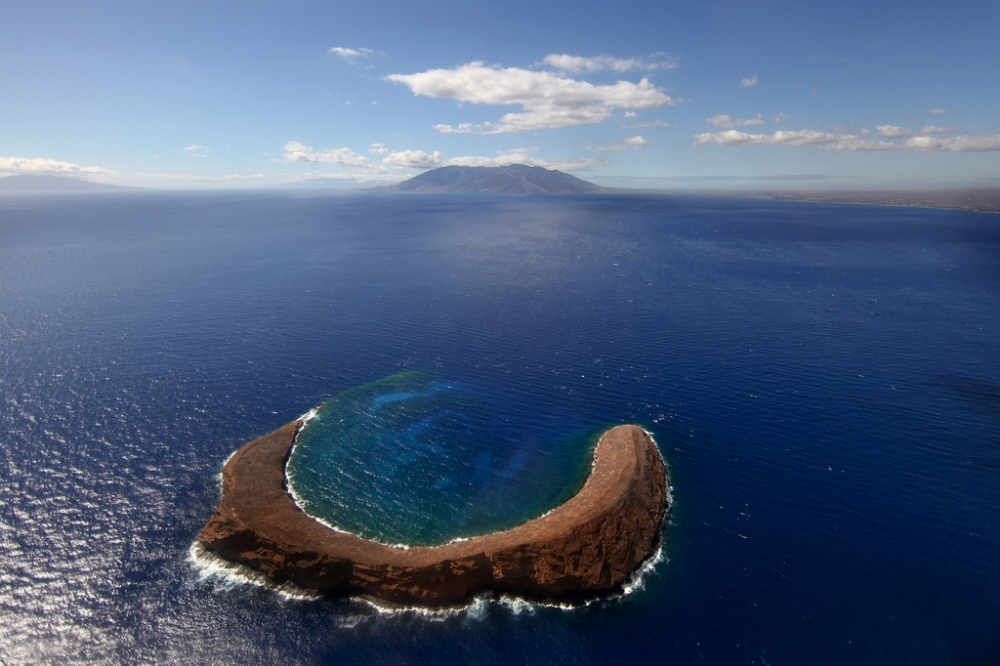 Take a snorkel trip to Molokini.