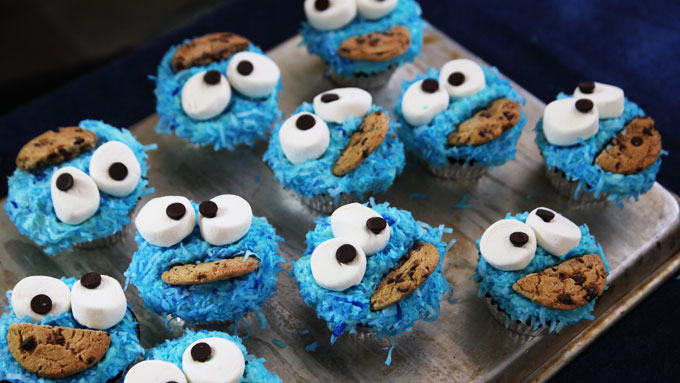 Cookie-Monster-Cupcakes-2.jpg