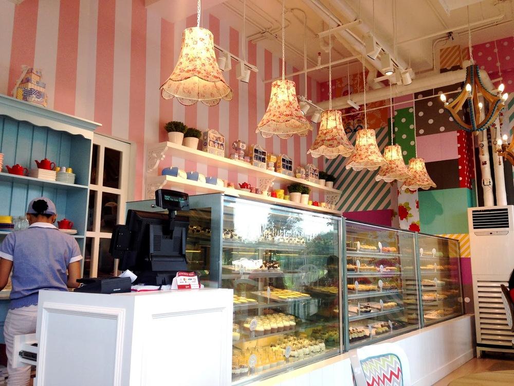 Cupcake Shop 2.JPG