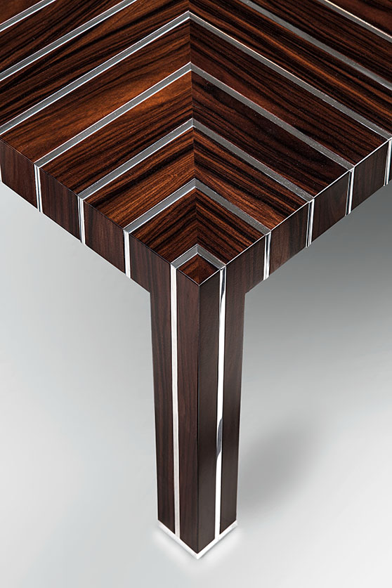 square_coffee_table_closeup_1.jpg