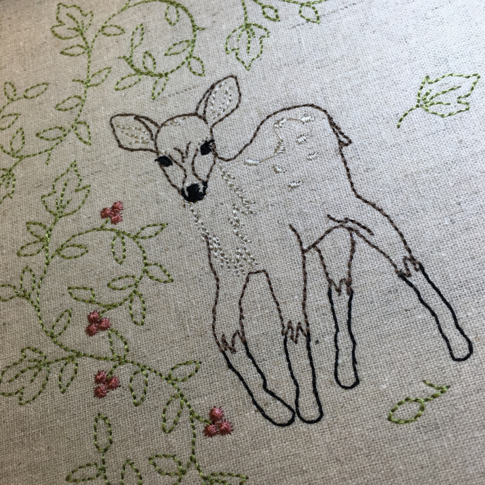 Baby Deer by Evy Hawkins (abitofstitch.com)
