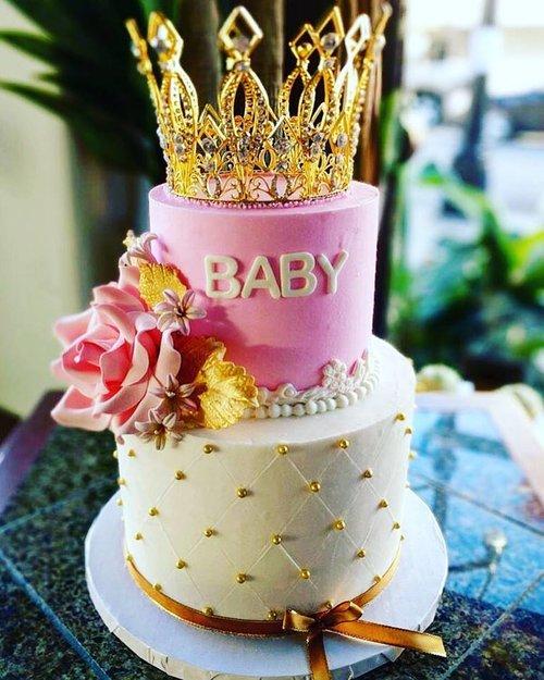 JPG Baby Crown Cake