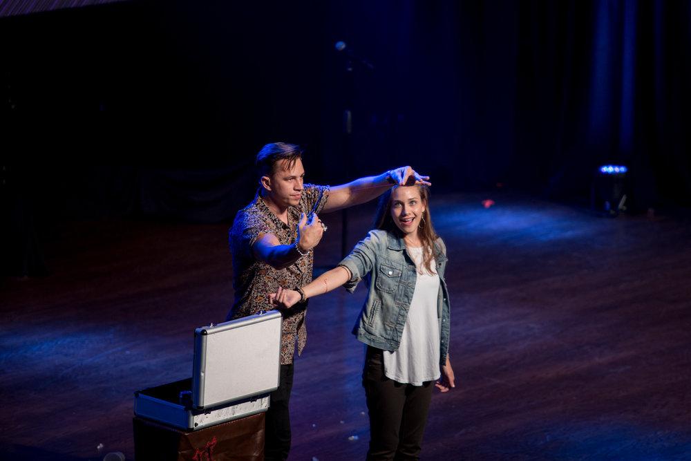 Justin Flom magic show magician
