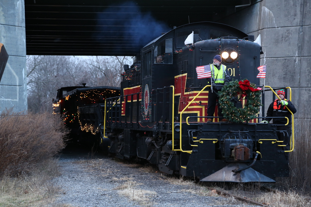 Catskill Mountain Railroad Holiday Train
