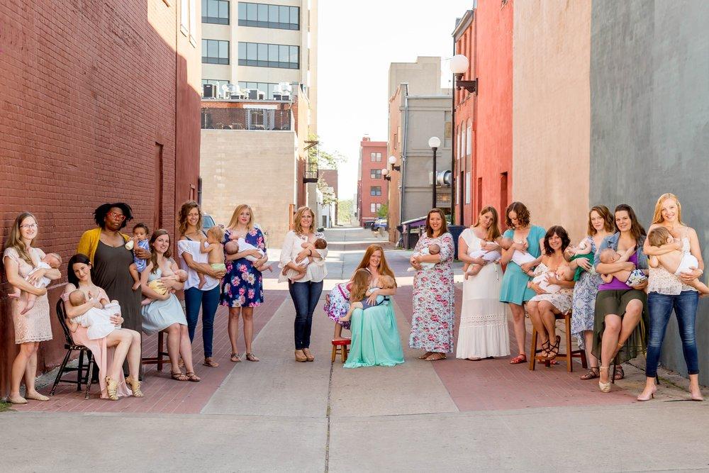 Normalize Breastfeeding 2017-5121-2.2.jpg
