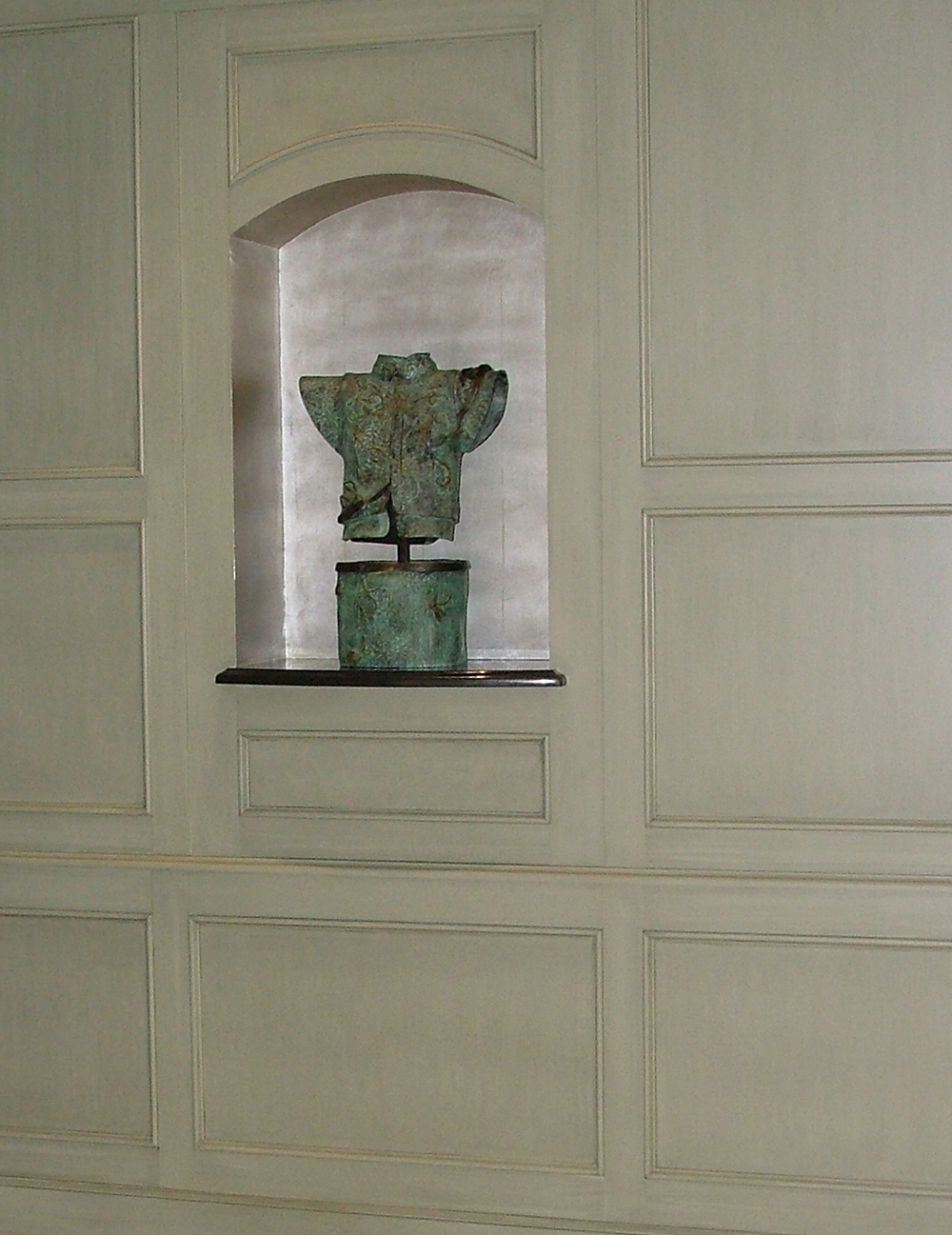 heidi Niche with silver leaf.jpg