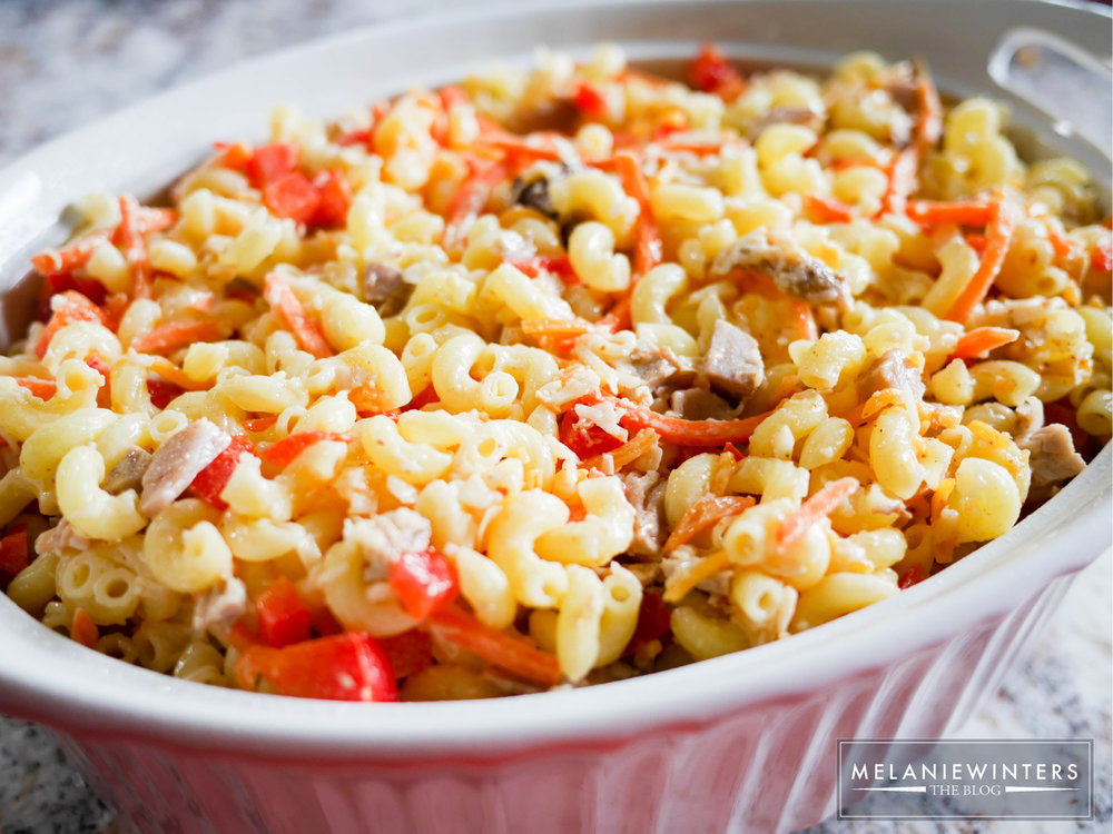 A southwestern spin on a classic comfort food - this pork and veggie mac & cheese will leave you wanting more.