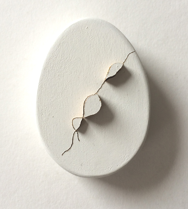 Untitled (cracked egg 2), 2016. MDF, paint, 3 x 2.25 x 1 inch