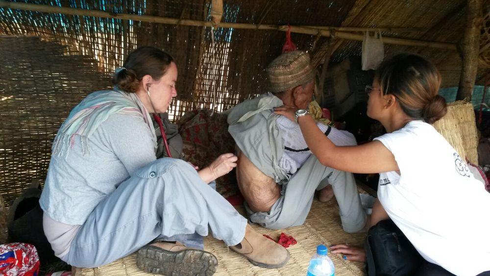 natan-nepal-doctors-3