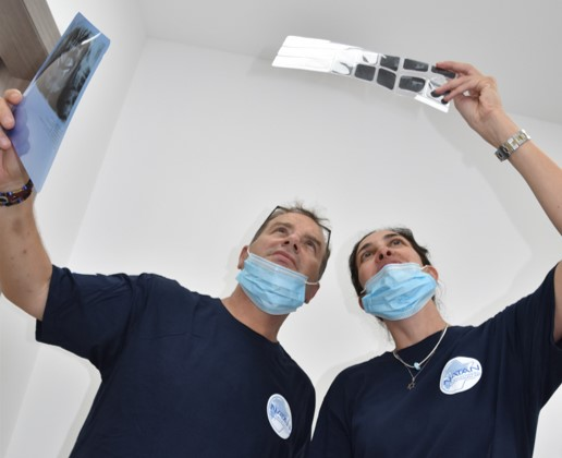 Examining Patient X-rays, Ofakim