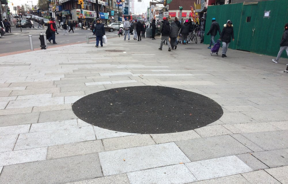 "My ""Belly Button"" - Roberto Clemente Plaza - 149th St @ 3rd Ave, BXNY, Winter 2019"