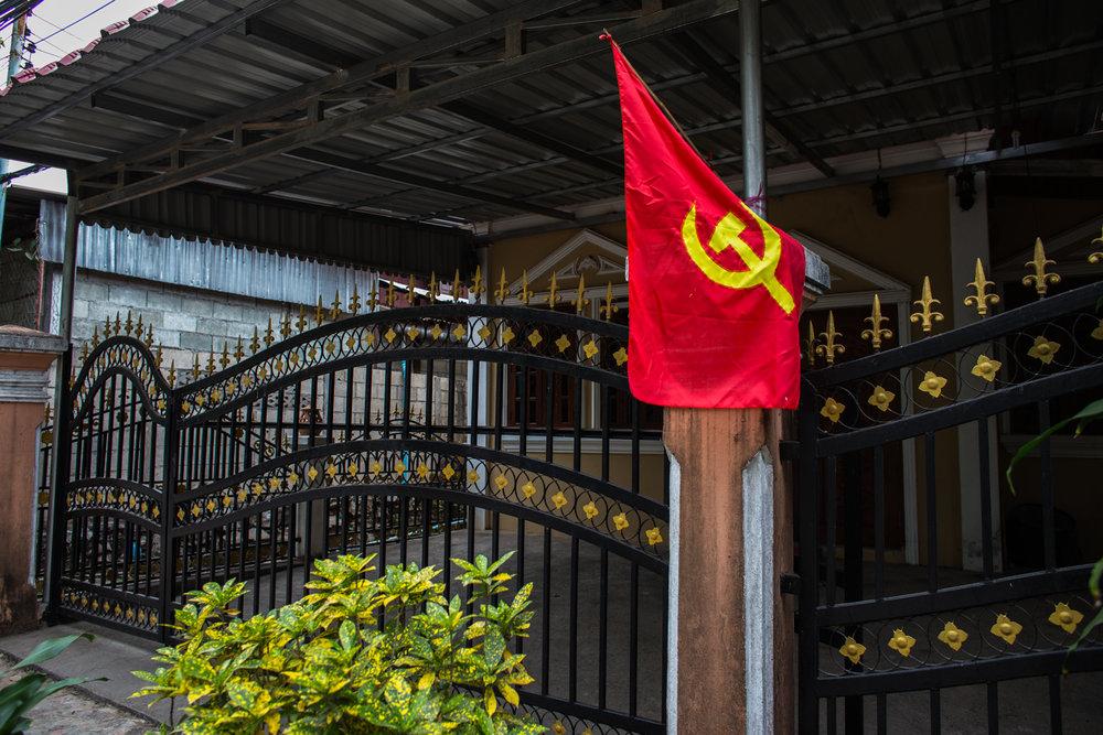 Comunista. Laos                                   Copyright © Fabrizio Alessi