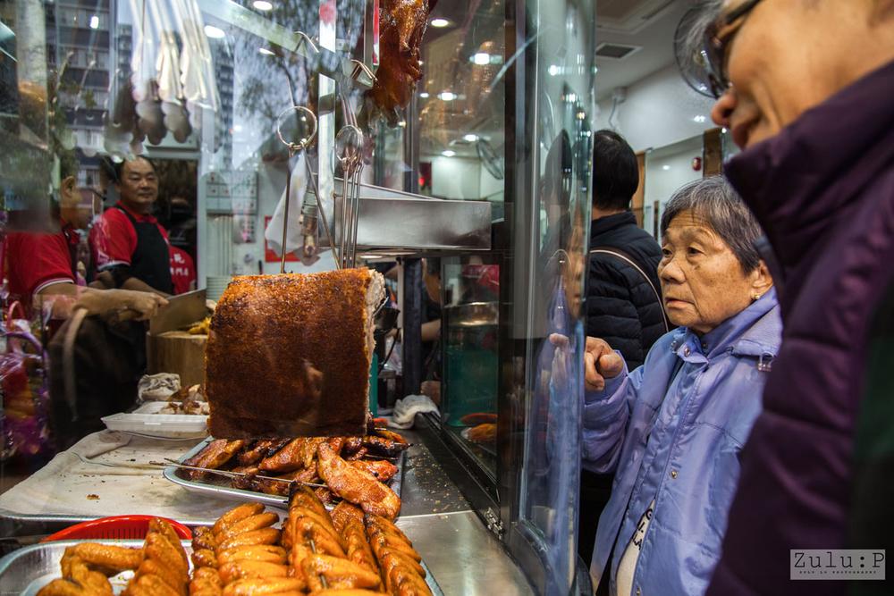 從食客眼神中見到真切的期待,完全與平日街市買餸例行公事不同