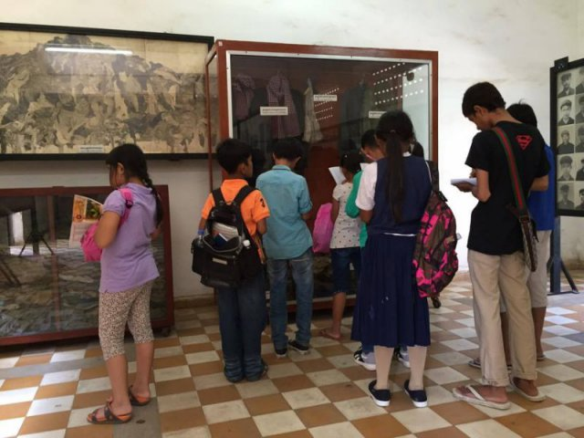 每天前來參觀的學生絡繹不絕,而赤柬時期的歷史也納入了教程當中,使新一代也能毋忘血腥歷史