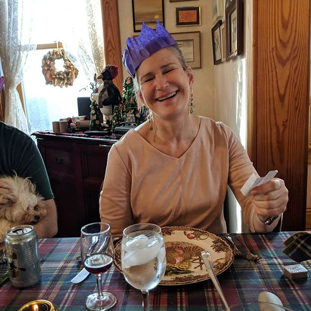 I took surprisingly few pictures on this wonderful Christmas day, but most of them included my magnificent mother, @travelingtiny and/or her lil companion Pippa