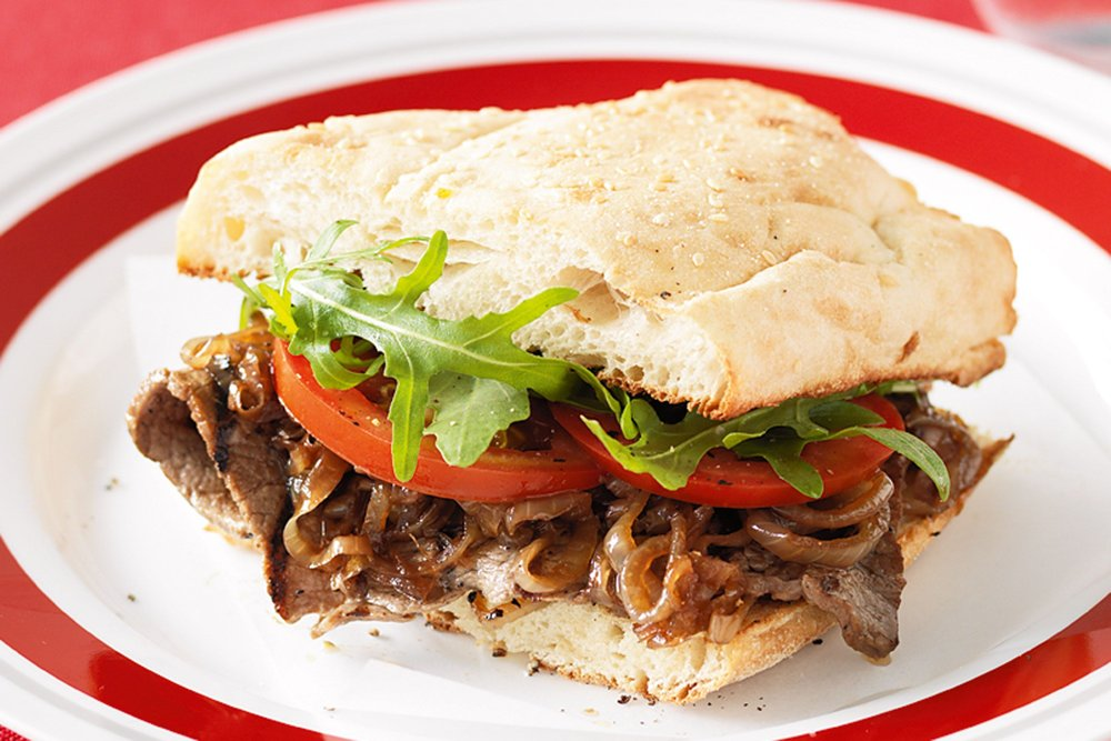 steak-sandwich-with-caramelised-onions-75898-1.jpeg