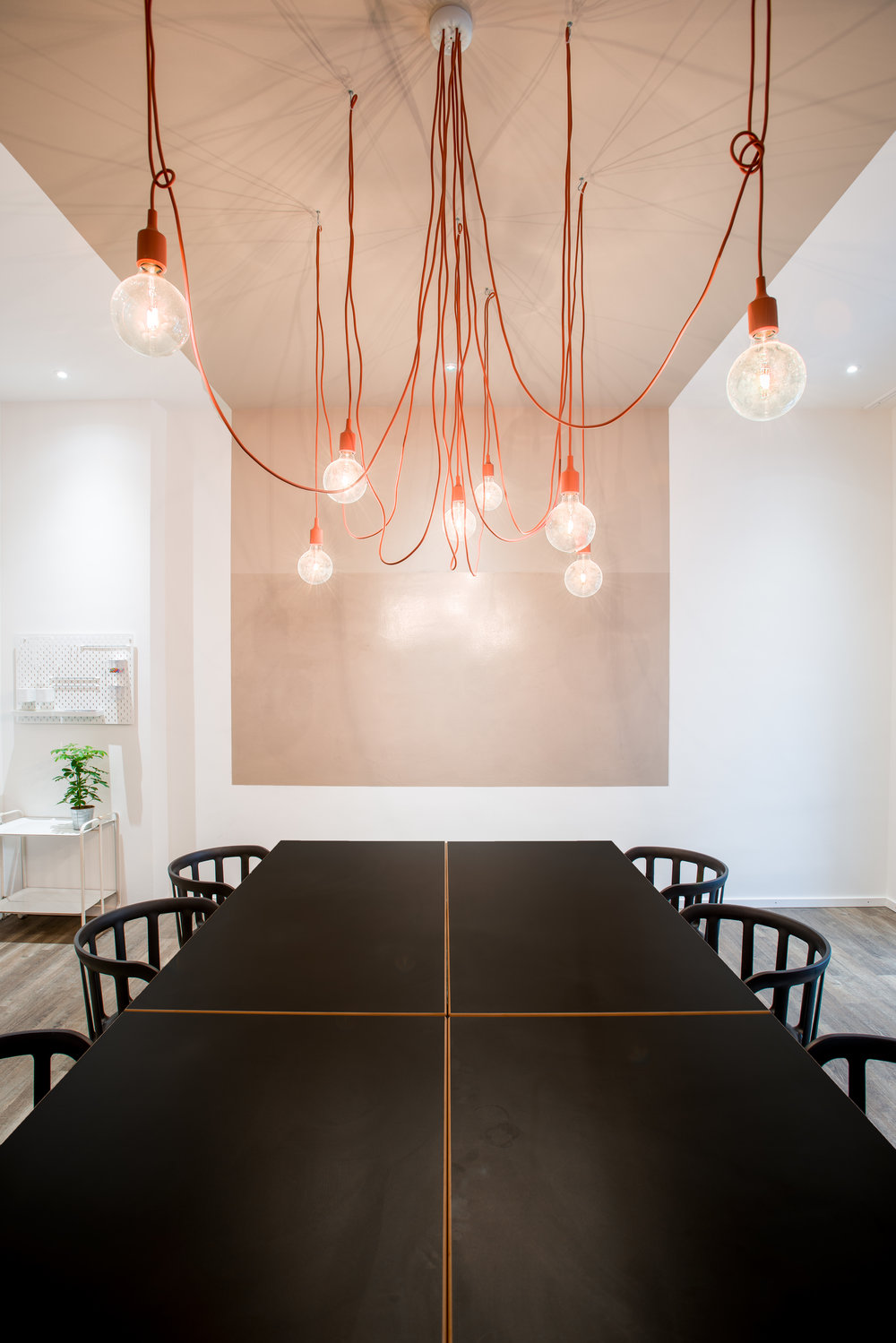 Mates Munich, Coworking, co-working space, communication, office, interior architecture, design, table, conference room, muuto, pendant light