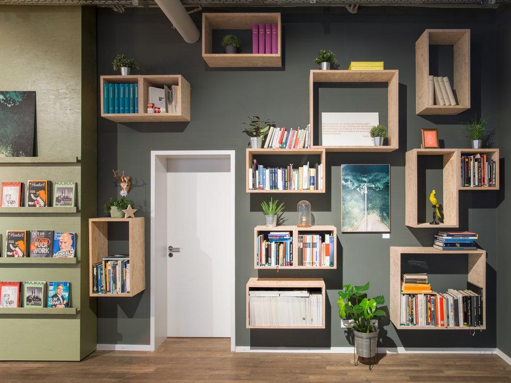 Mates Munich, Coworking, co-working space, communication, office, interior architecture, design, bookshelf, decoration