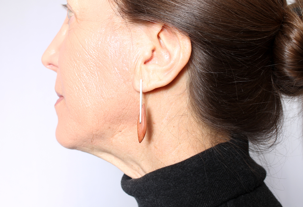 on body c earring 1.jpg