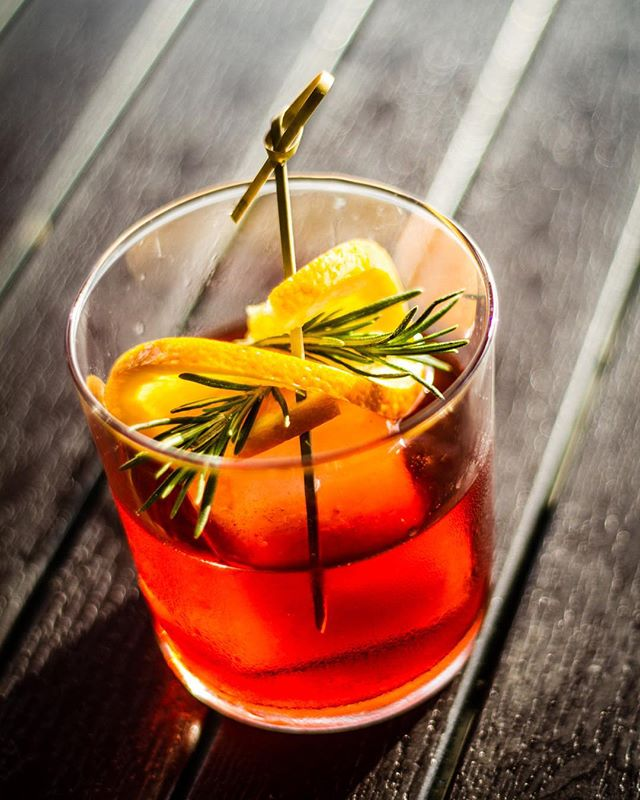 Rye Not Negroni: @willettdistillery 6 year rye, Campari, Contratto Rosso vermouth, Orange.  #acreativedc #edibledc #imbibegram #drinknetwork #foodwinewomen