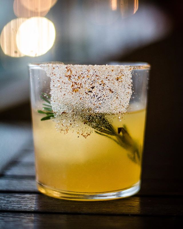Quince is the NEW Apple: @copperandkings Brandy, Quince, Local Honey and Rosemary.  #acreativedc #edibledc #imbibegram #foodwinewomen #drinknetwork #jbffall #dcfoodporn #eeeeeats