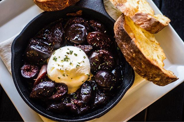 Ain't Easy Being Cheesy: Roasted figs with burrata, Rosemary, extra virgin olive oil and toast.  #acreativedc #edibledc #foodwinewomen #thisisfall #jbffall