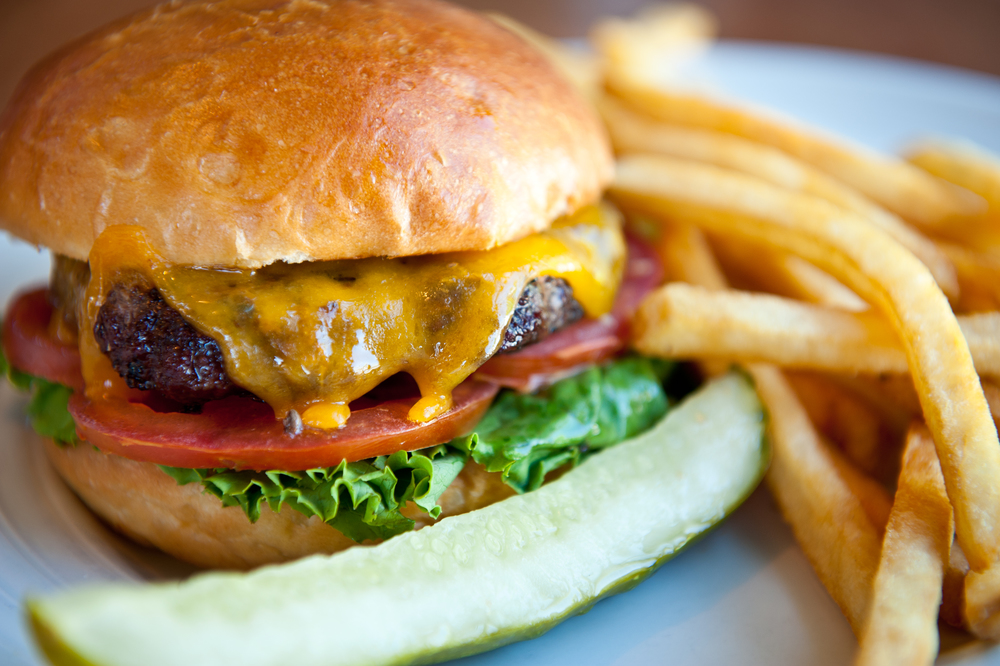 _Cheeseburger.jpg