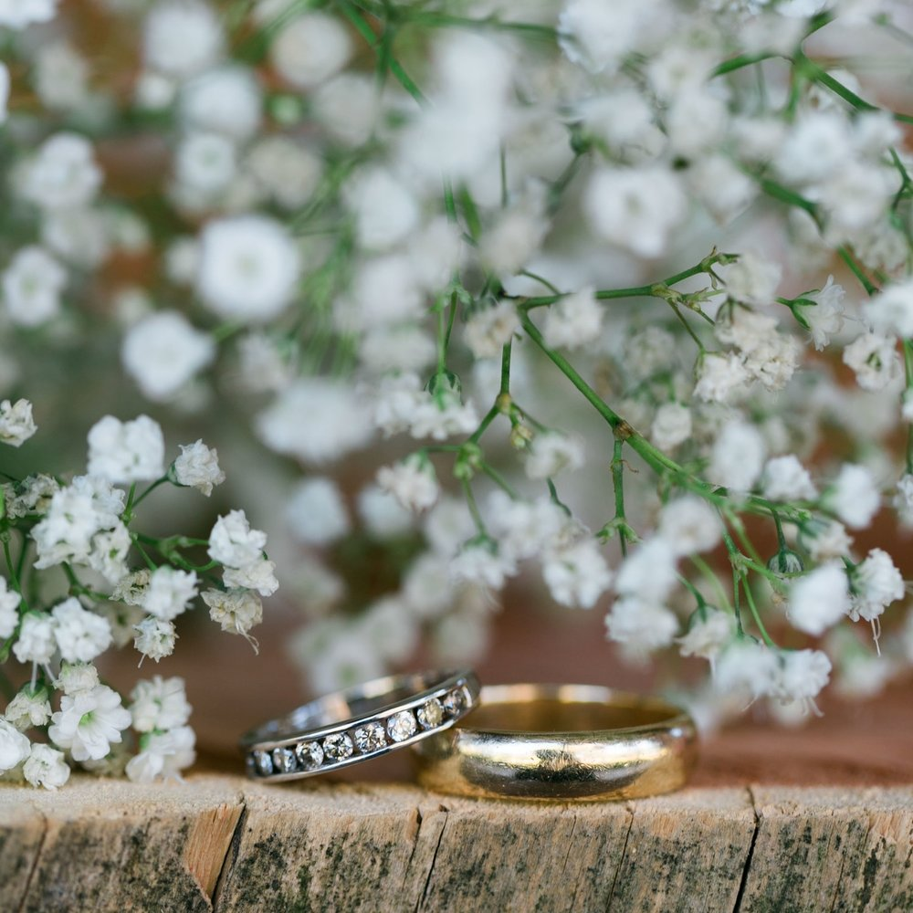 Rings and Detail Pictures - I will take pictures of every detail of your wedding. For example, rings, necklace, earrings, wedding shoes or heels will be photographed during