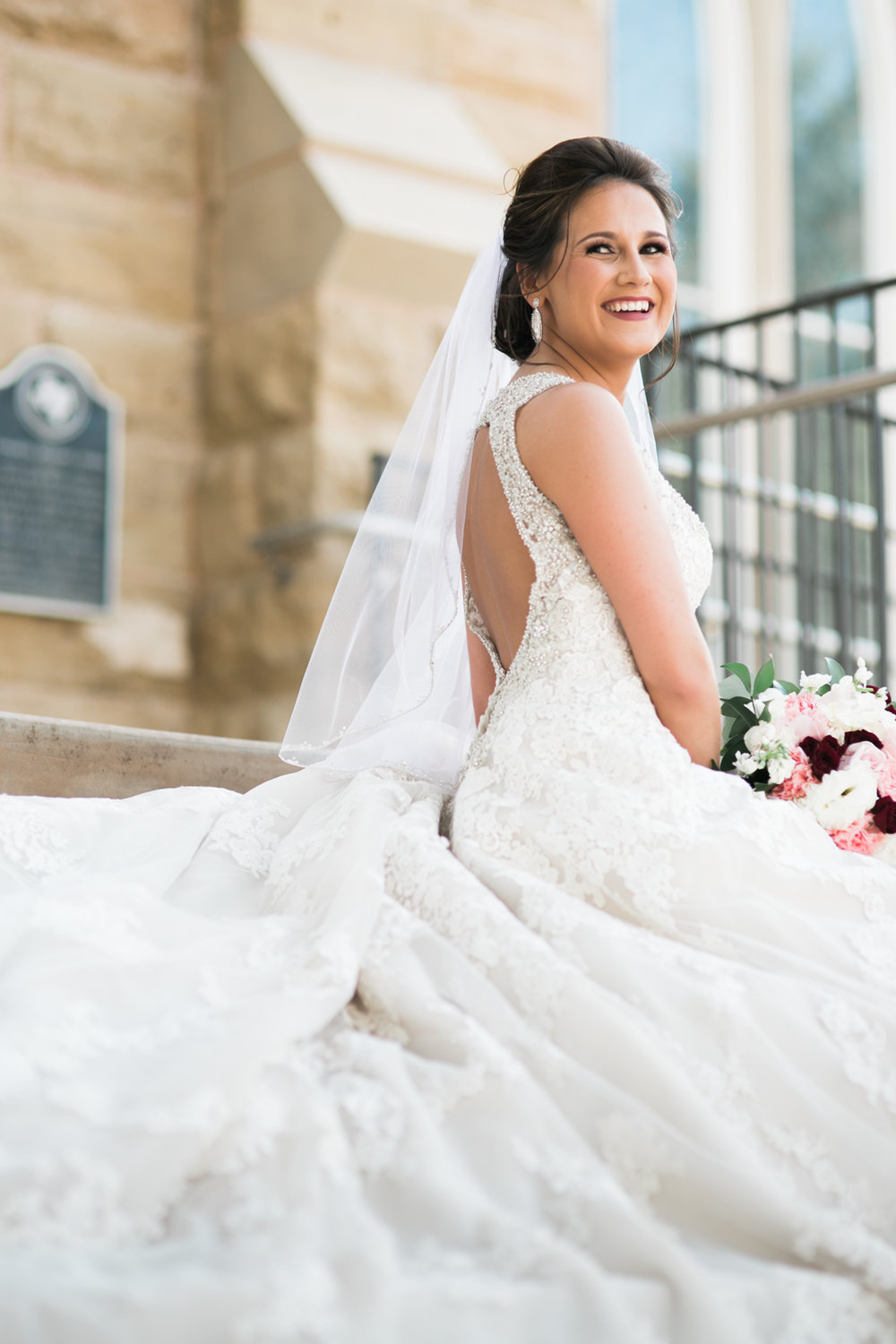 Click on this picture to see more Jordan's bridal pictures.