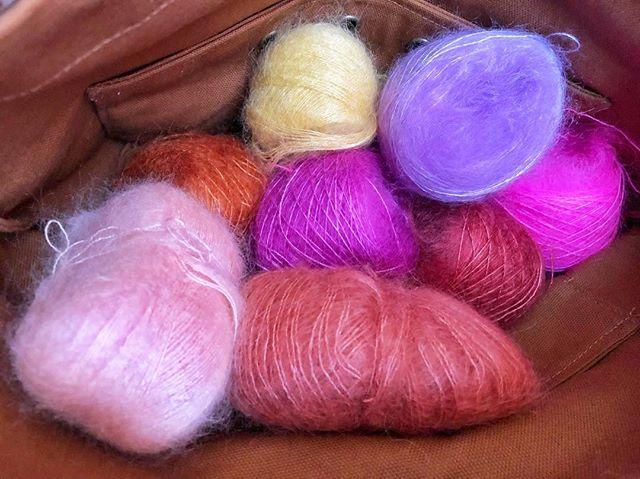 🐏mohair silk🐛 up next 🤗 •••••••••••••••••••••••••••••••••••••••••••••••••••••• #theartofslowliving #diy #crafttherainbow #abmcrafty #abmlifeiscolorful #knitting #knittersofinstagram #knitstagram #craft #madebyhand #doitfortheprocess #slowlife #makersmovement #modernmaker #makersgonnamake #knitlife  #handmadewardrobe #playingwithcolor #sweaterweather #sweater #sequencesweater #purlsoho #tussock #petiteknits #mohair #silk #knittherainbow #makenine2019 #makenine