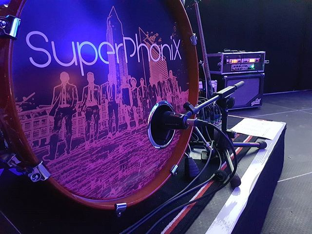Ready for the Show... #superphonix #live #band #hr1band2013 #vocals #drums #bass #guitar #keys #sax #music #inear #stagediver4 #music #musiclife #hanau #orangerie