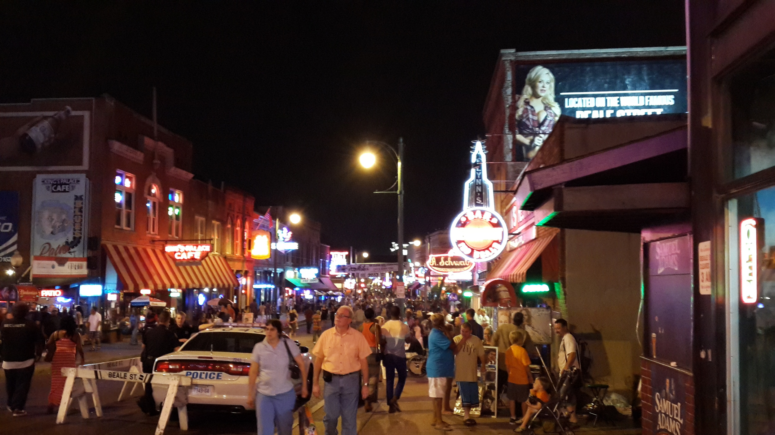 A quieter moment on Beale Street.