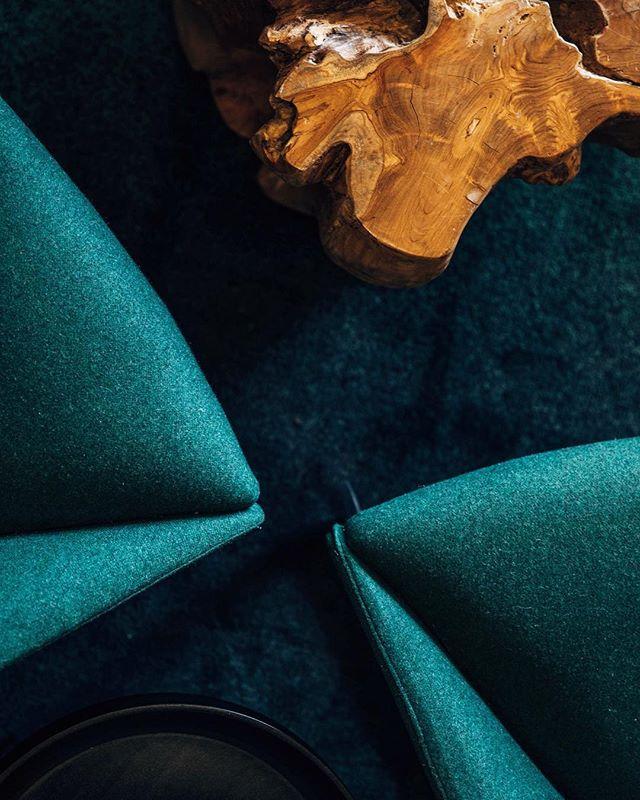 PNW love stories for Hyatt House . . . #interiordesign #hospitalitydesign #elkcollective #elkwork #details #fireside #lobbylounge #dontbeafraidofdarkcorners #pnwdesign #regional #leftcoast #perfectlyportland #reducerecyclereuse