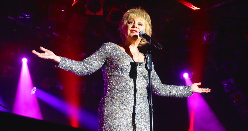 Donna Lee Sings Petula Clarke