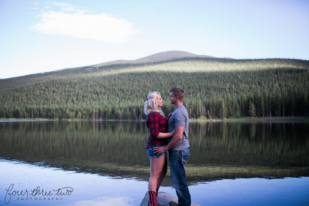 Colorado Mountain Wedding Photographer - Epic Mountain engagement shoot