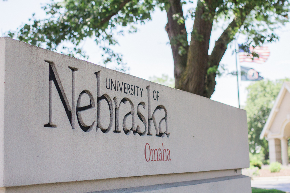 University of Nebraska at Omaha sign