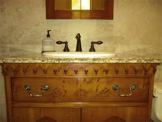 stjames_bath_cabinet.png