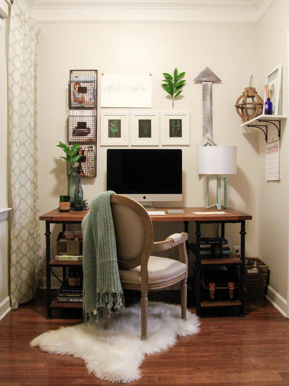 Office (4 of 9).jpg